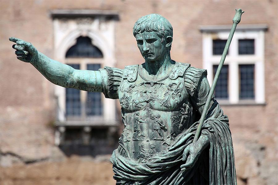 Bir iç savaşta zafer kazanarak iktidara gelen Augustus, bir dizi yıkıcı iç çatışmayı sona erdirdi.