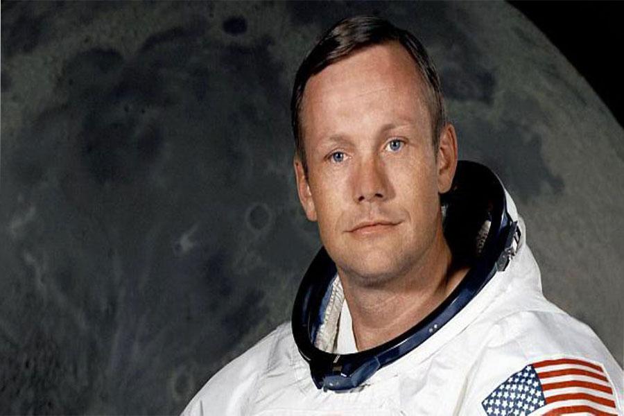 Apollo 11, Astronotlarından Neil Armstrong